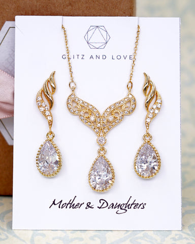 Gold Vintage Style CZ Teardrop Jewelry Set
