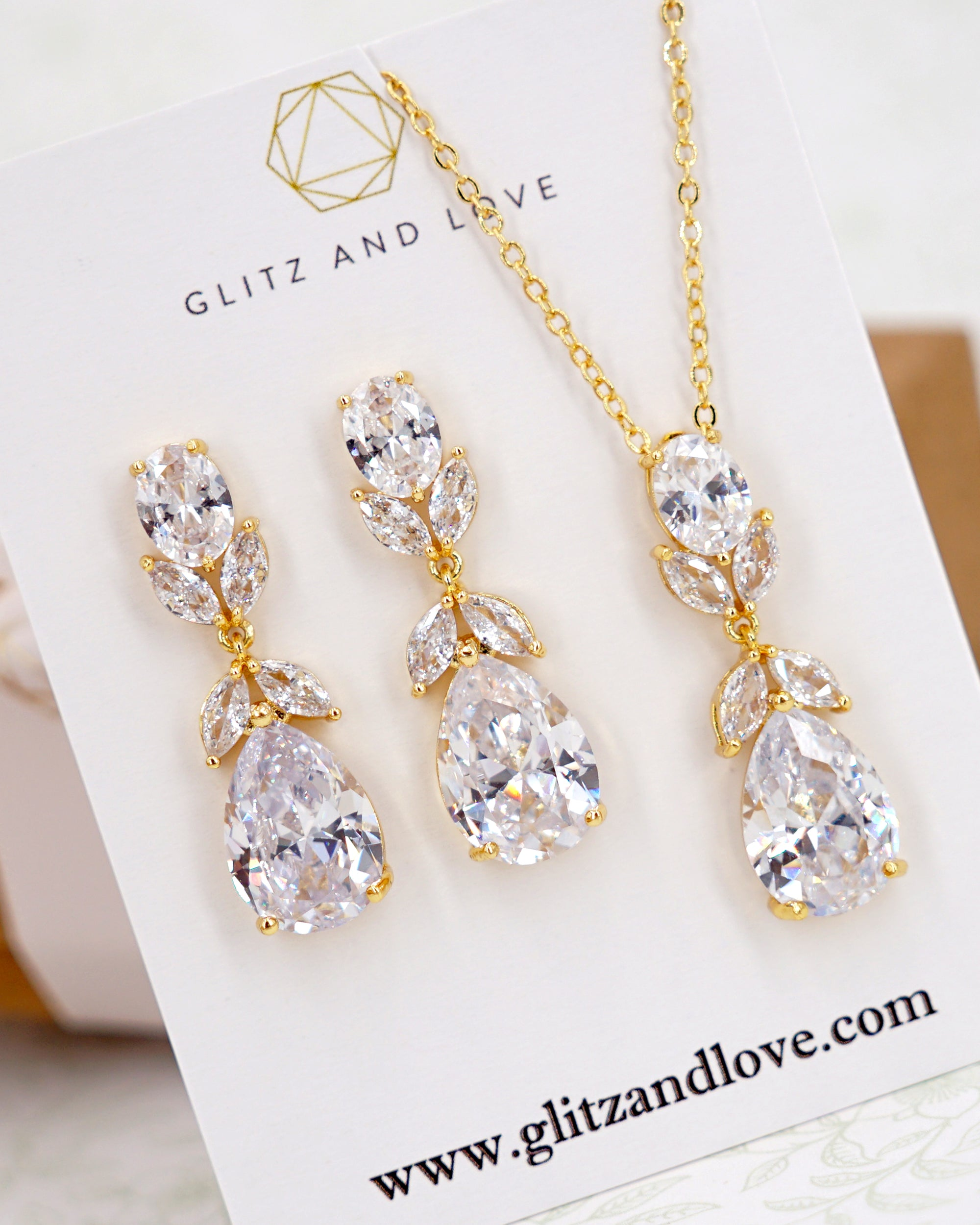 Gold Cubic Zirconia Oval Set