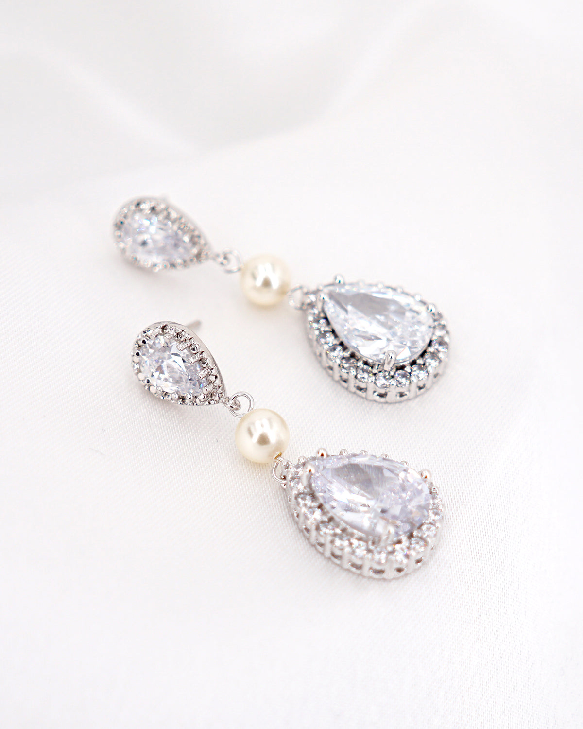 Silver Teardrop & Pearl Earrings | Bride Bridal Bridesmaids Jewelry