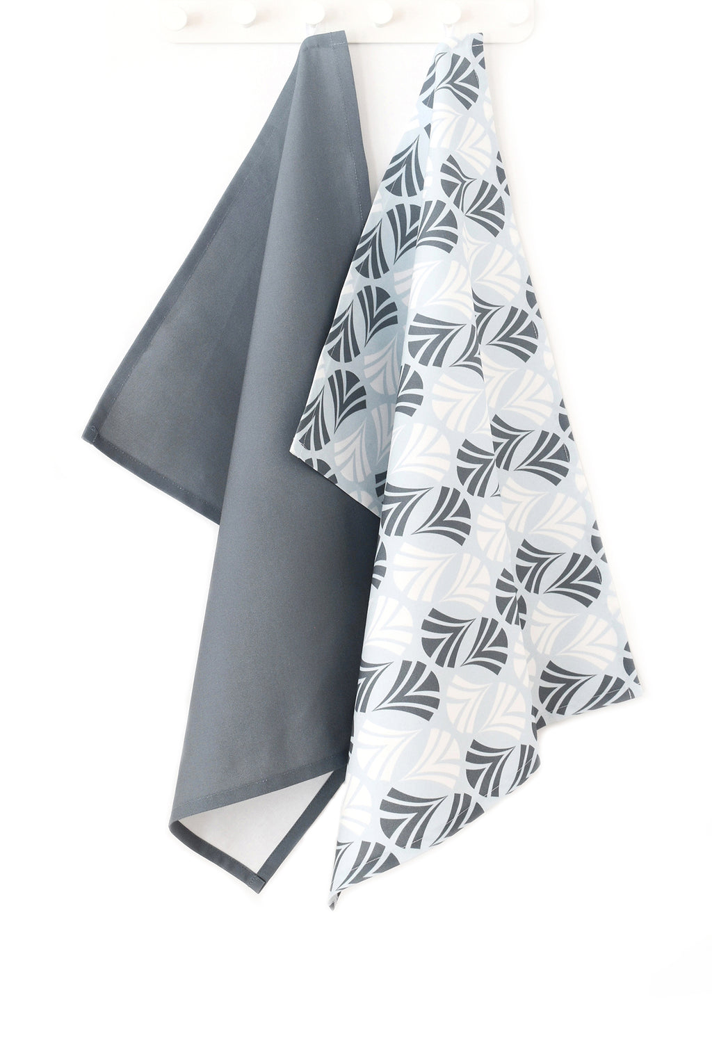 Waltz Linen Cotton Tea Towel (18.5x25) – Set of 2 (Patterned Pale Blue & Solid Charcoal)