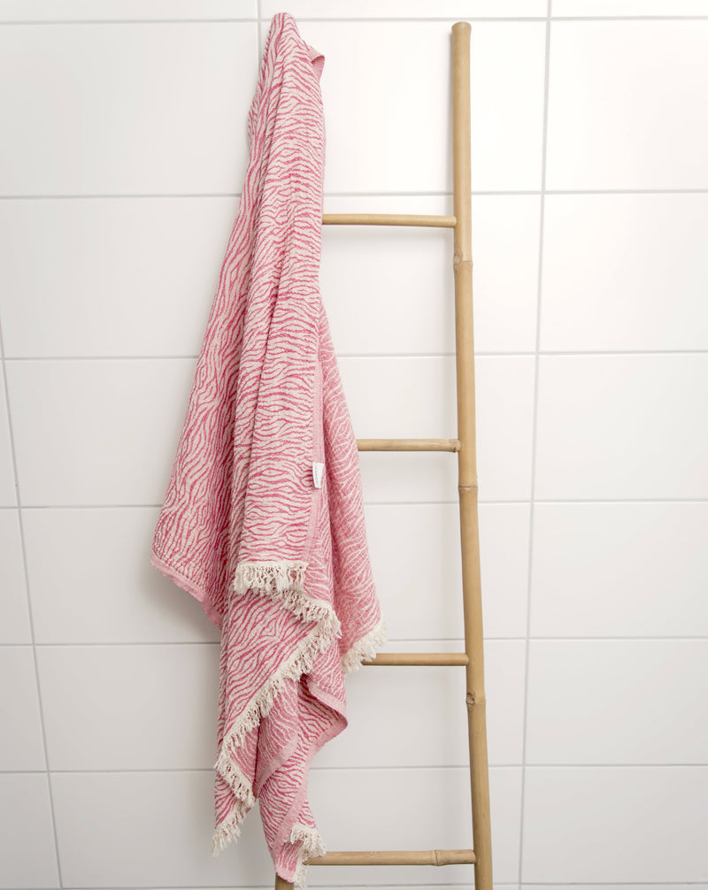 Tula Towel - Strawberry