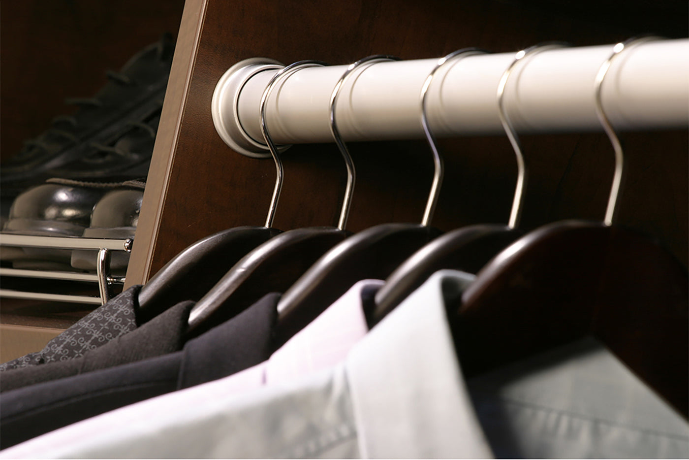 6 Tips On How to Store Winter Clothes