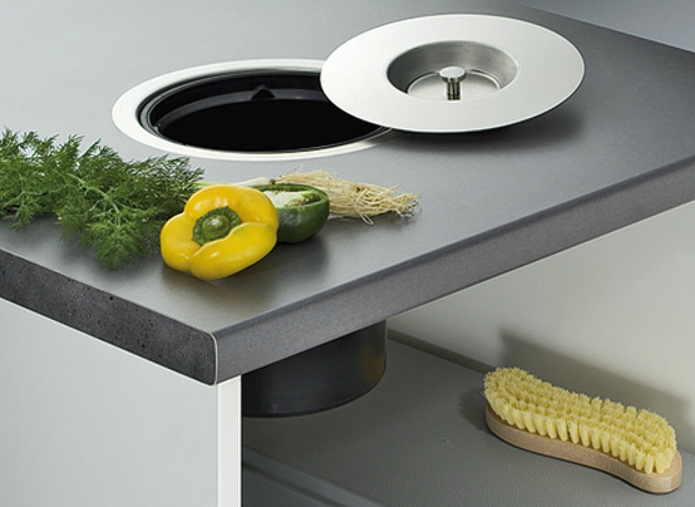 trash-can-worktop