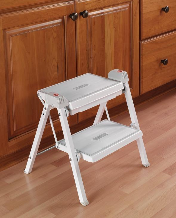step-stool-white-hafele-advance-design
