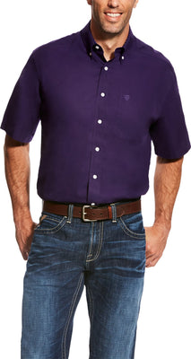 Ariat 10022766 MEN'S WRINKLE FREE SOLID SHORT SLEEVE SHIRT PLUM DEPTHS *Closeout*