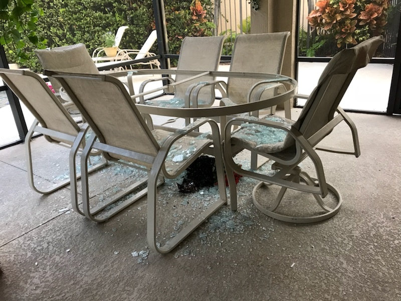 Patio Furniture: Repair your old set or buy a new one?