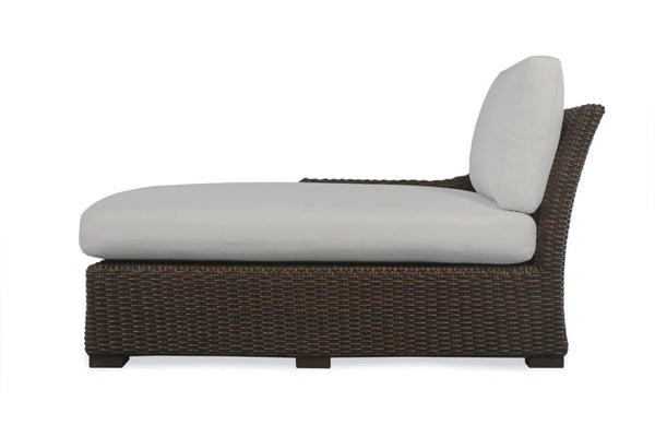 Lloyd Flanders Mesa Right Arm Chaise- Item 298025