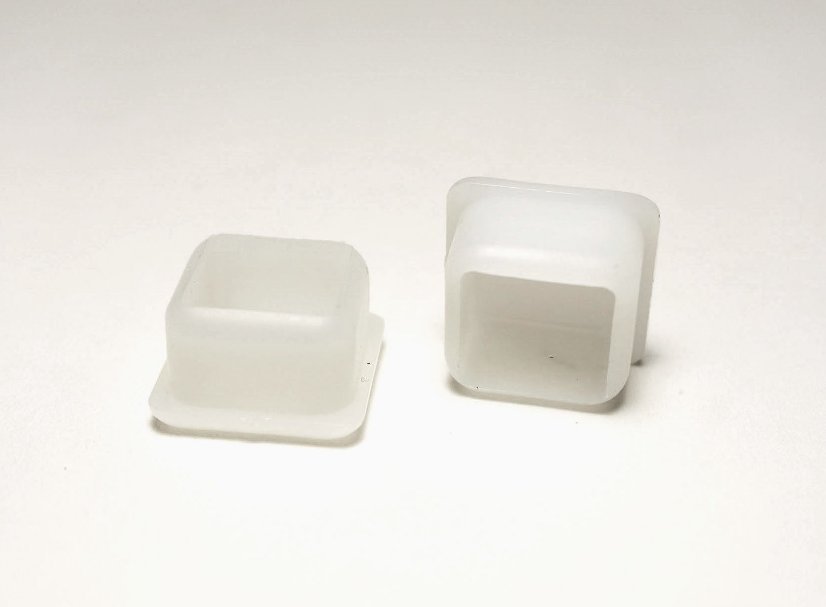 13/16  Square Glide/Insert | White | Item 30-605 & 13/16