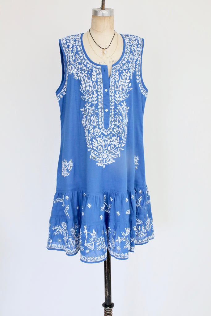 Classic Beach Dress With Embroidery in Marine