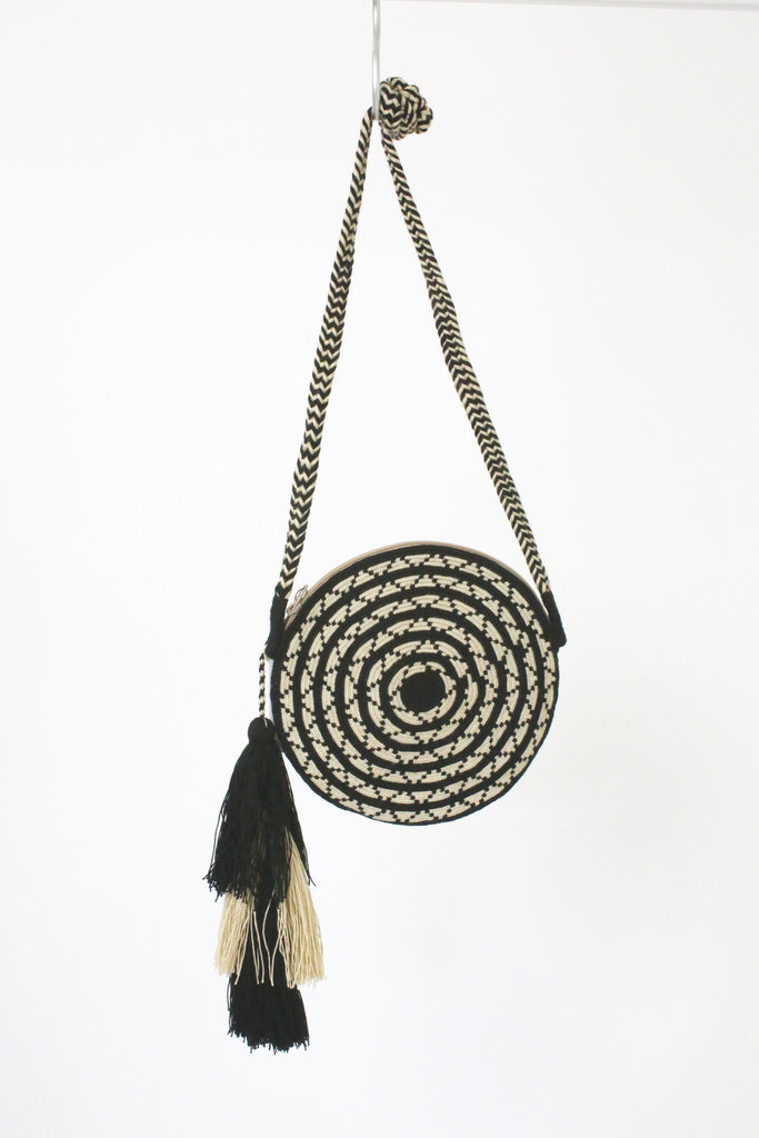Guanabana Circle Mola Bag BLACK CREAM