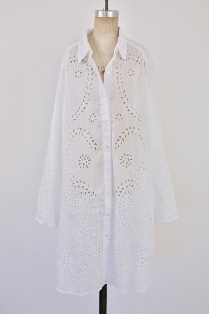 Cut out Beach Shirt With Paisley Motif