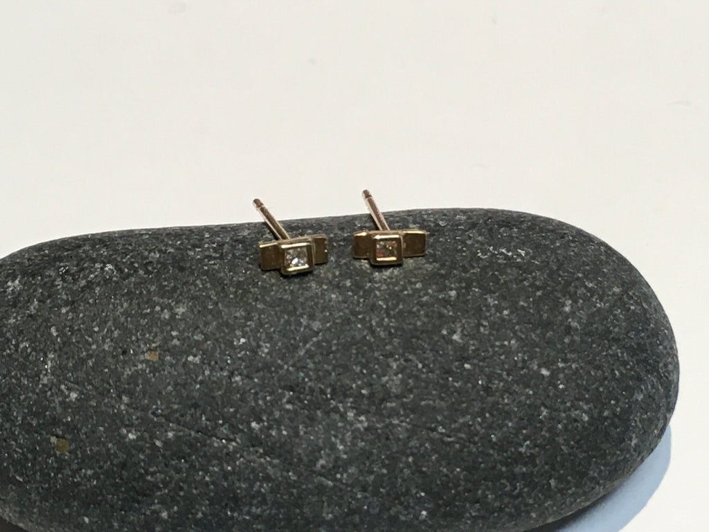 Square Earring with Diamond
