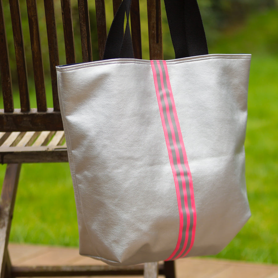 fil@home   Shopping bag in Silver with Pink stripes W43cm xH38cm