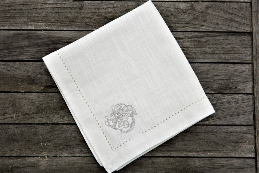 Royal Family 4 piece Napkin Set. Chateau de Provence. 100% cotton linen. Sizes 40cm x 40cm