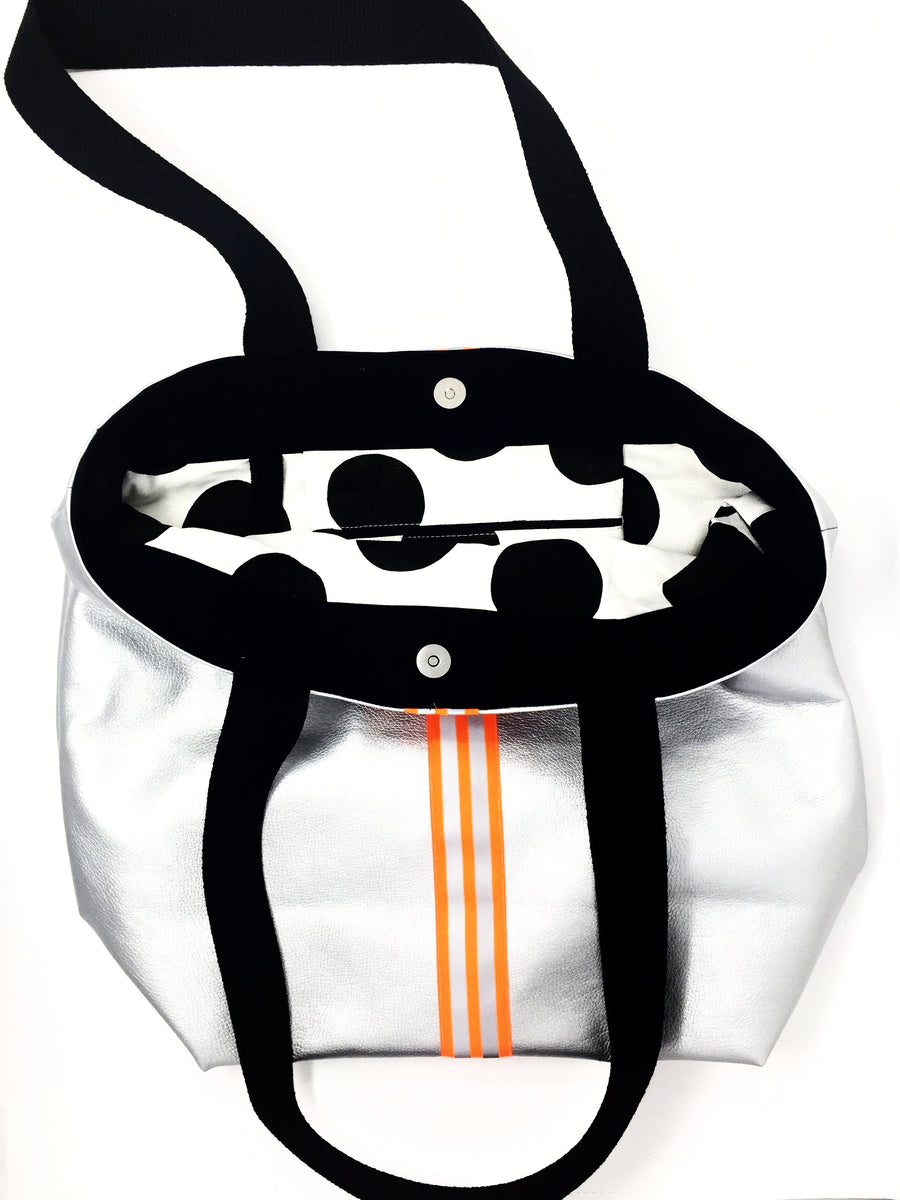 fil@home   Shopping / Gym bag in Silver with Orange stripes W43cm xH38cm