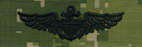 NWU Type III Warfare Devices & Breast Insignia Officer