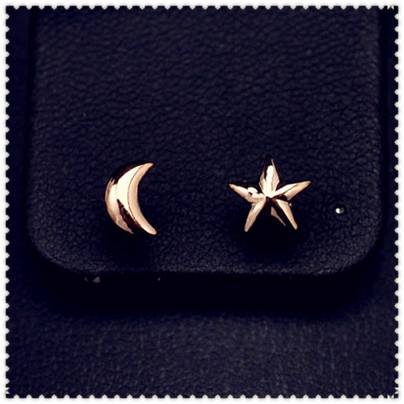 rose gold plated Asymmetry star moon stud