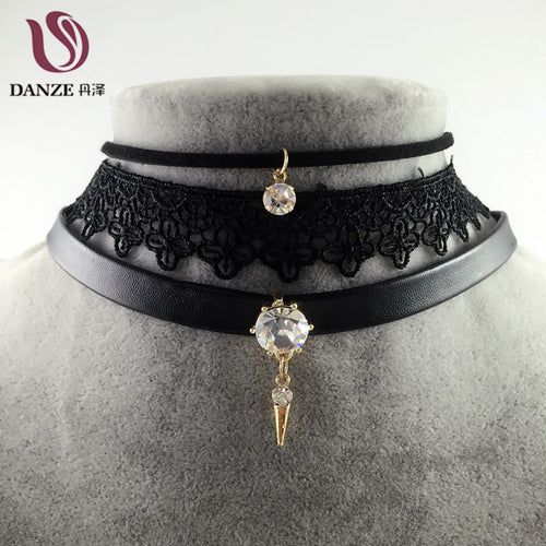 Black Lace Clear Crystal Pendant Collar Necklace