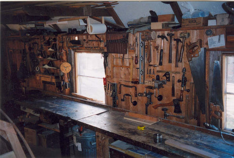 Hand tool wall and work bench