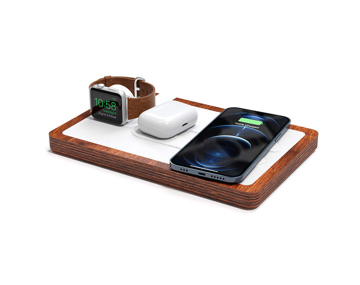 NYTSTND TRIO White leather top Oak wood base, MagSafe charger, Angle view Watch, AirPods, iPhone