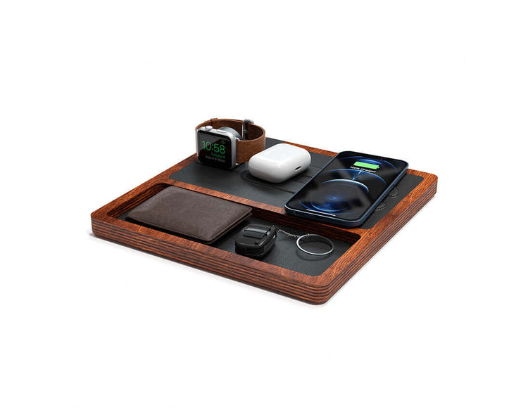 NYTSTND TRIO TRAY Black leather top Oak wood base, MagSafe charger, Full surface charging area, Angle view with devices