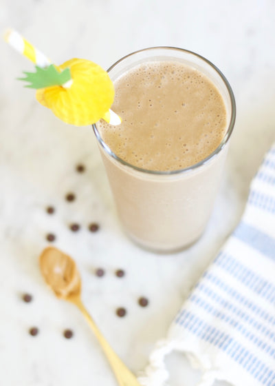 recipe : peanut butter + chocolate smoothie