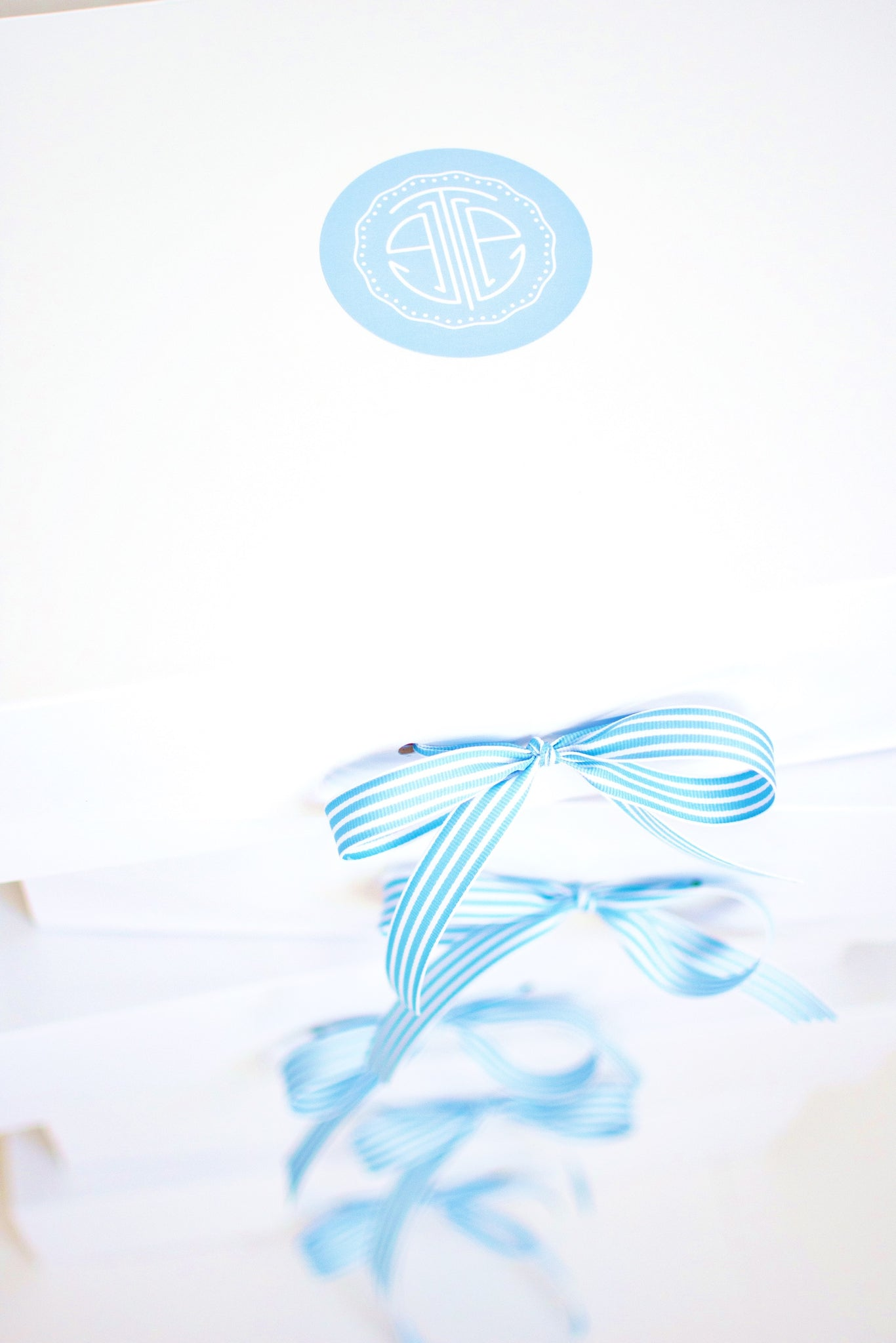 the little palm signature gift box with blue striped bow