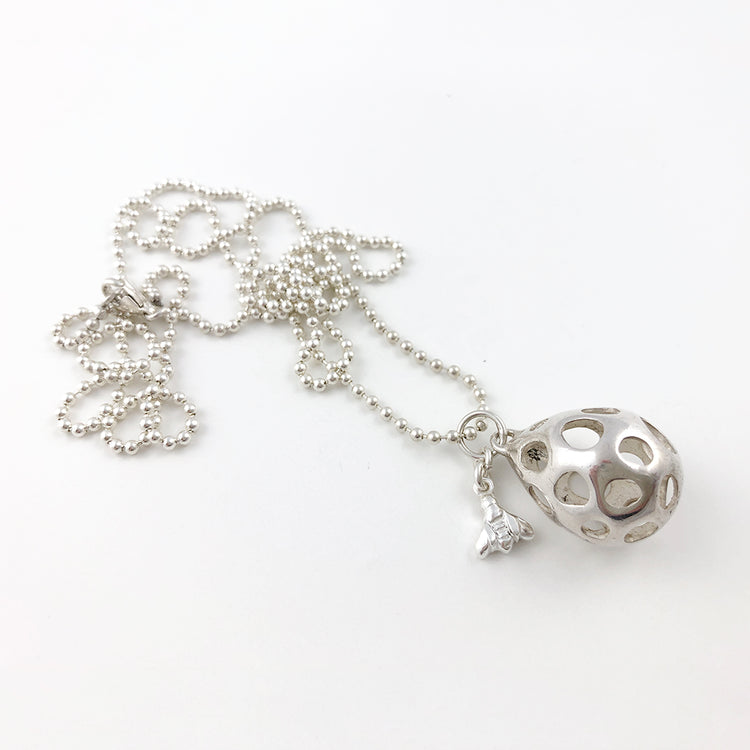 Mellifer silver necklace