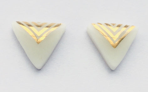 Gold and snow white triangle