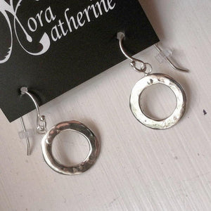 Hammered Circle hanging earrings in copper, bronze or sterling (XS) - Nora Catherine