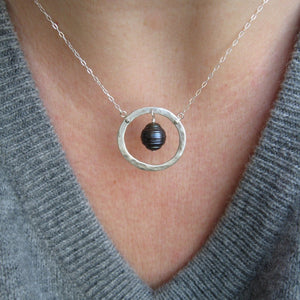Sm  hammered circle necklace with pearl in copper, bronze or sterling - Nora Catherine