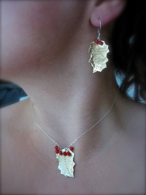 Holly Leaf earrings - Nora Catherine