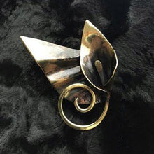 Sm Winged Goddess Calla Lily Hat/ Lapel Pin - Nora Catherine