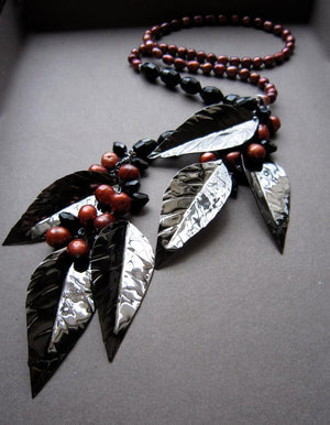 Gunmetal and Crystal Leaf lariat - Nora Catherine