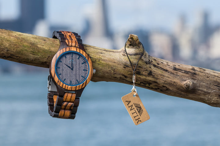 Lagos - Men's Wooden Watch