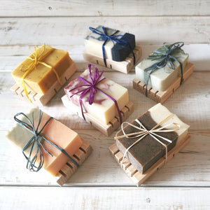 Raluca Skincare - soap set with wooden deck