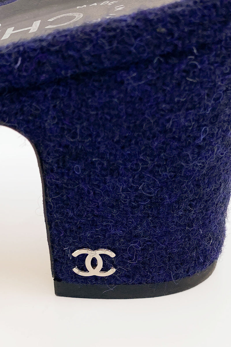 CHANEL Slingback Blue Tweed & Black Velvet