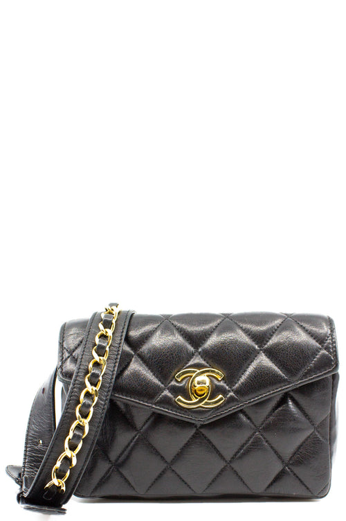 CHANEL Vintage Belt Bag Black Grande Frontalansicht