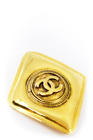 CHANEL Portemonnaie Camel Caviar Leather