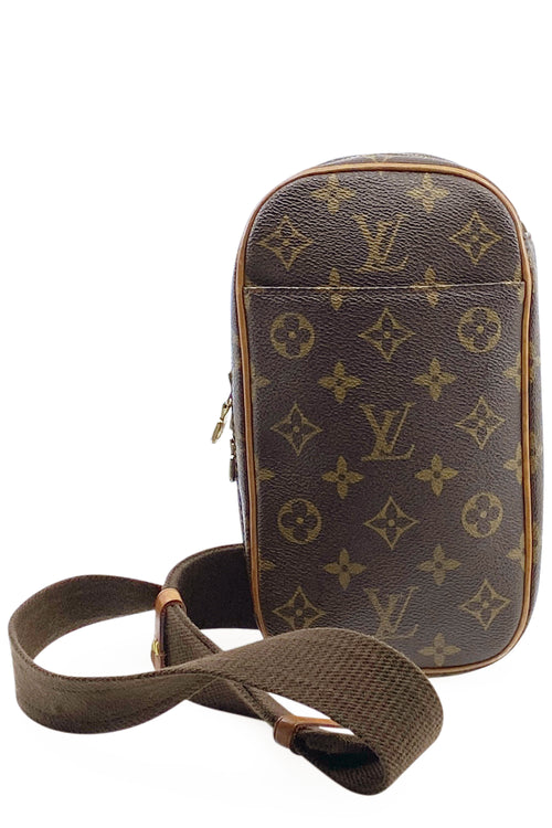 LOUIS VUITTON Pochette Gange Monogram Canvas Frontansicht