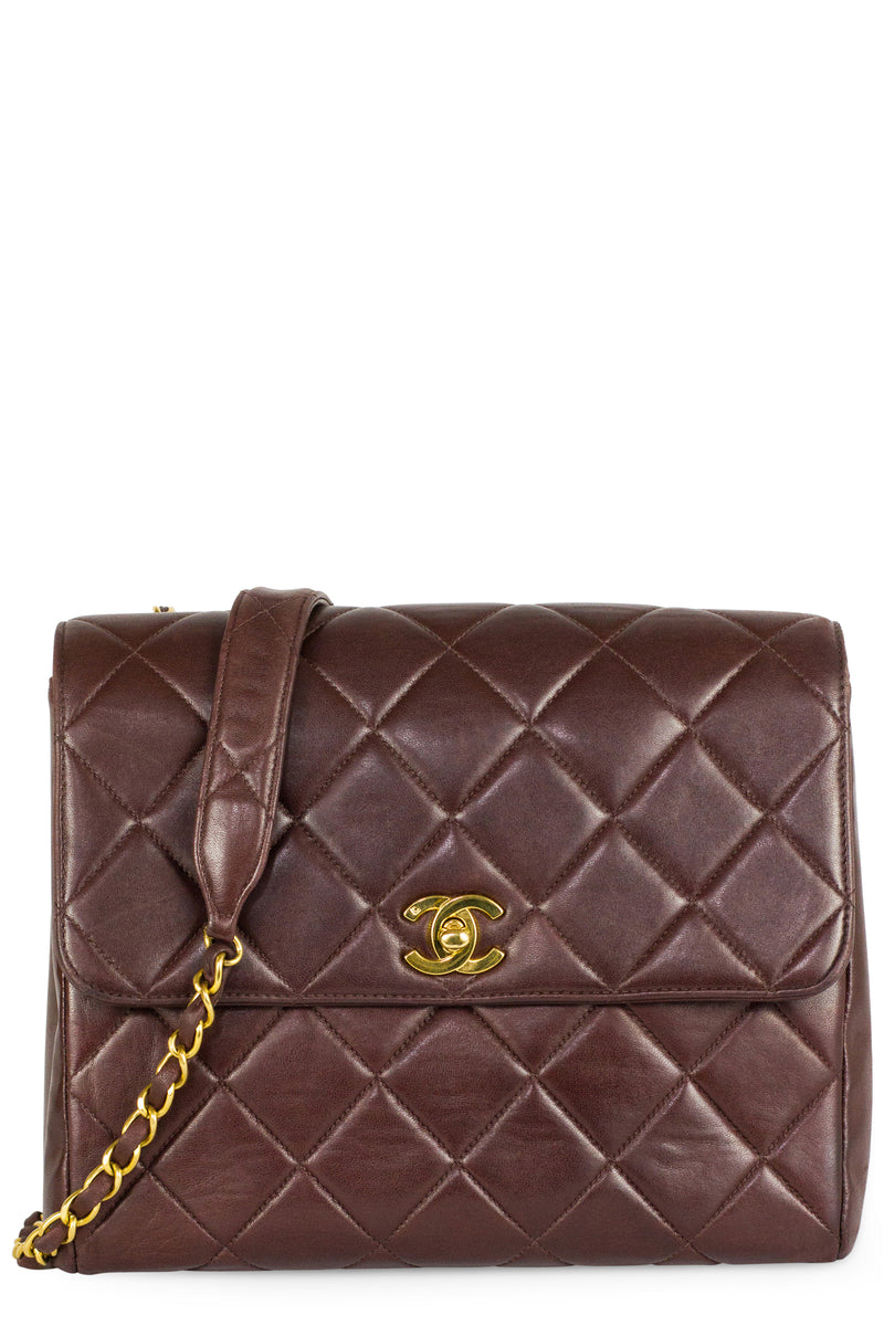 CHANEL Vintage Flap Bag Bordeaux