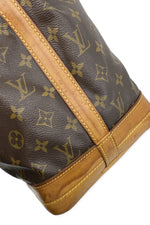 LOUIS VUITTON Grand Sac Noé Monogram Canvas