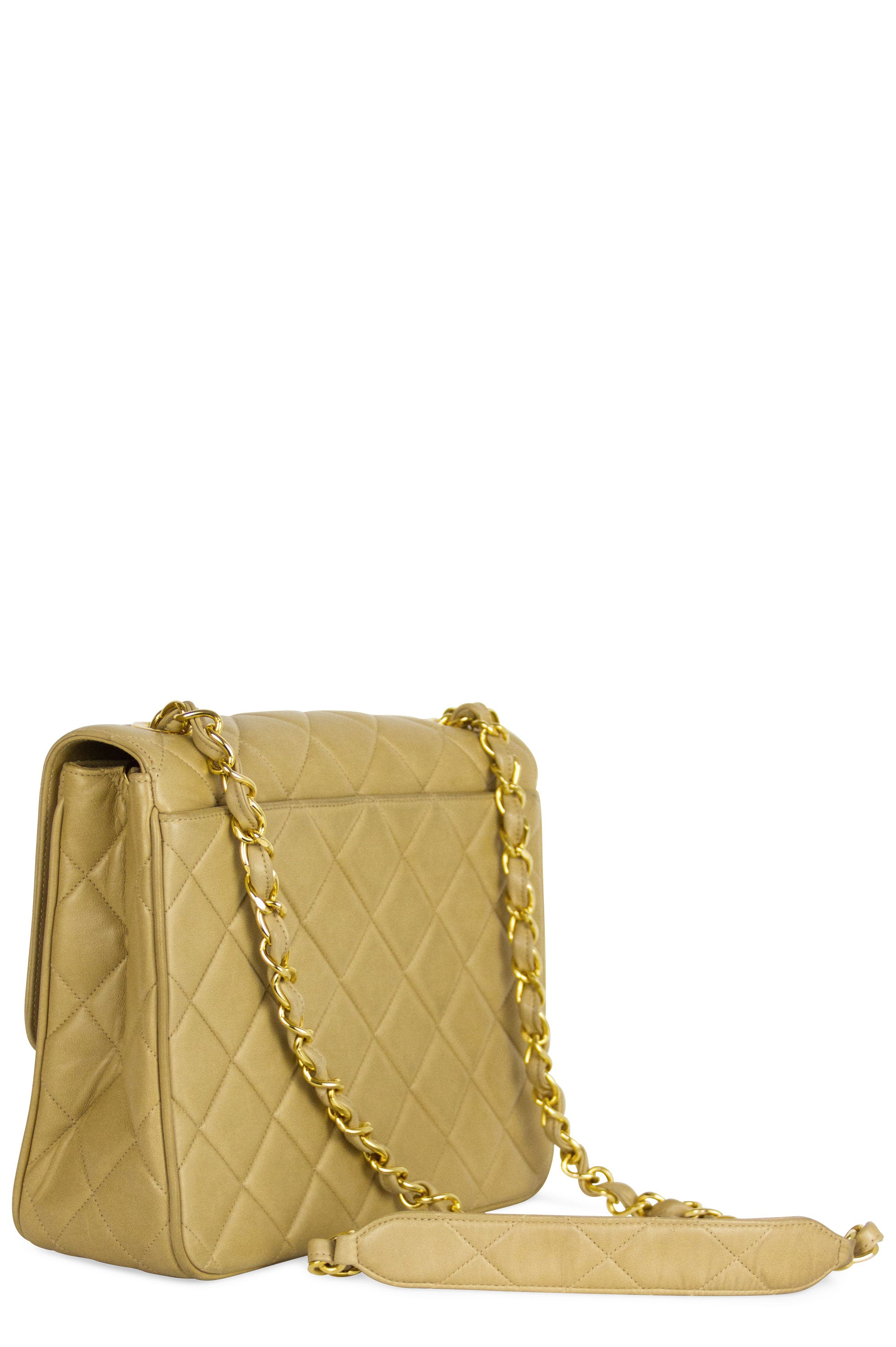 CHANEL Vintage Flap Bag CC