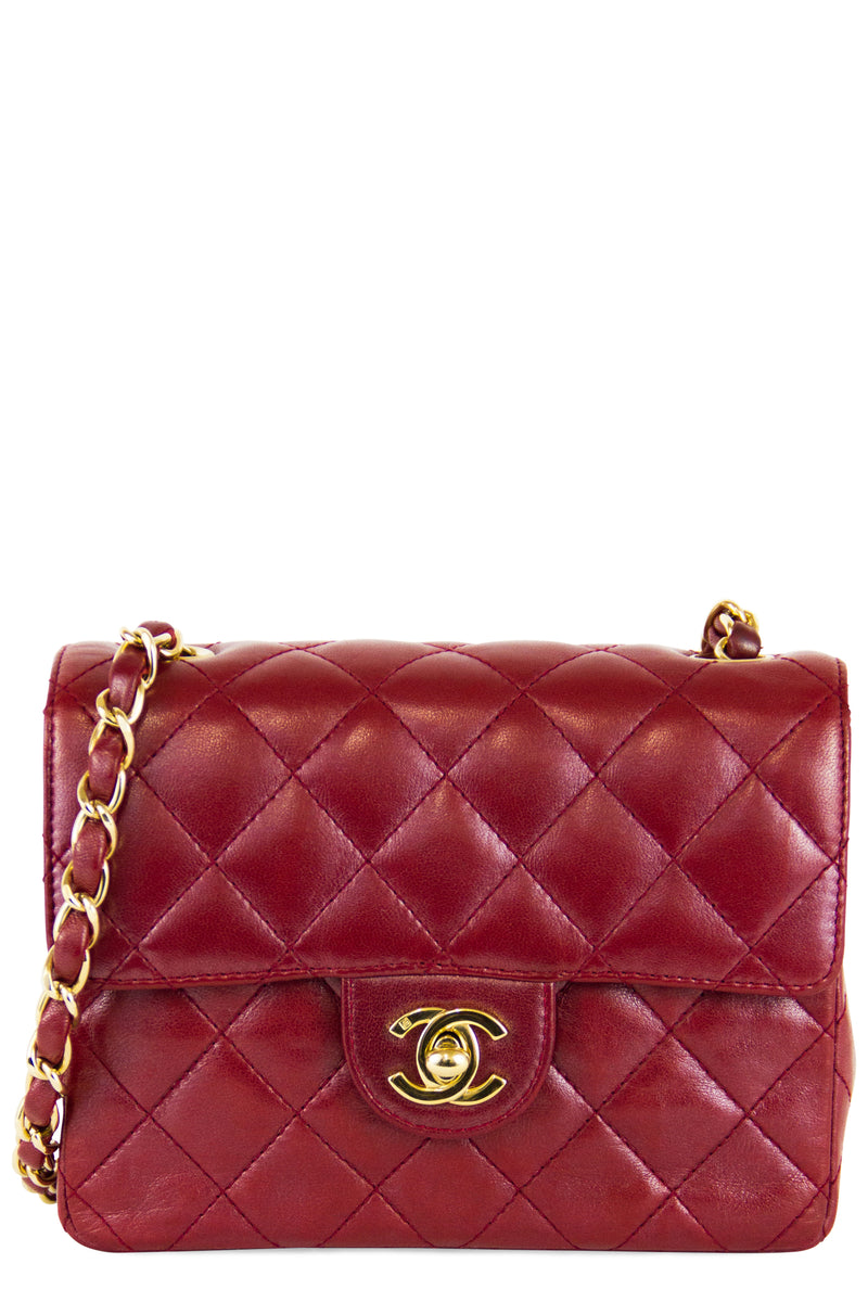 Chanel Mini Flap Bag Red Frontalansicht Gold Hardware