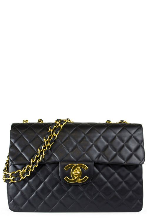 CHANEL Vintage Maxi Flap Bag
