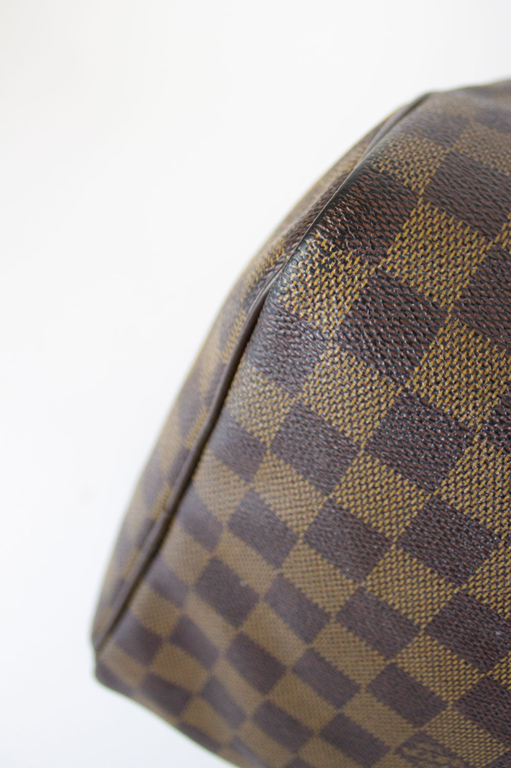 LOUIS VUITTON Damier Ebene Keepal 50