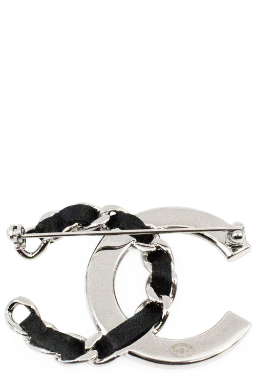 CHANEL Pin CC Silver & Black Leather