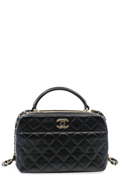 CHANEL Bowling Bag Black Frontansicht