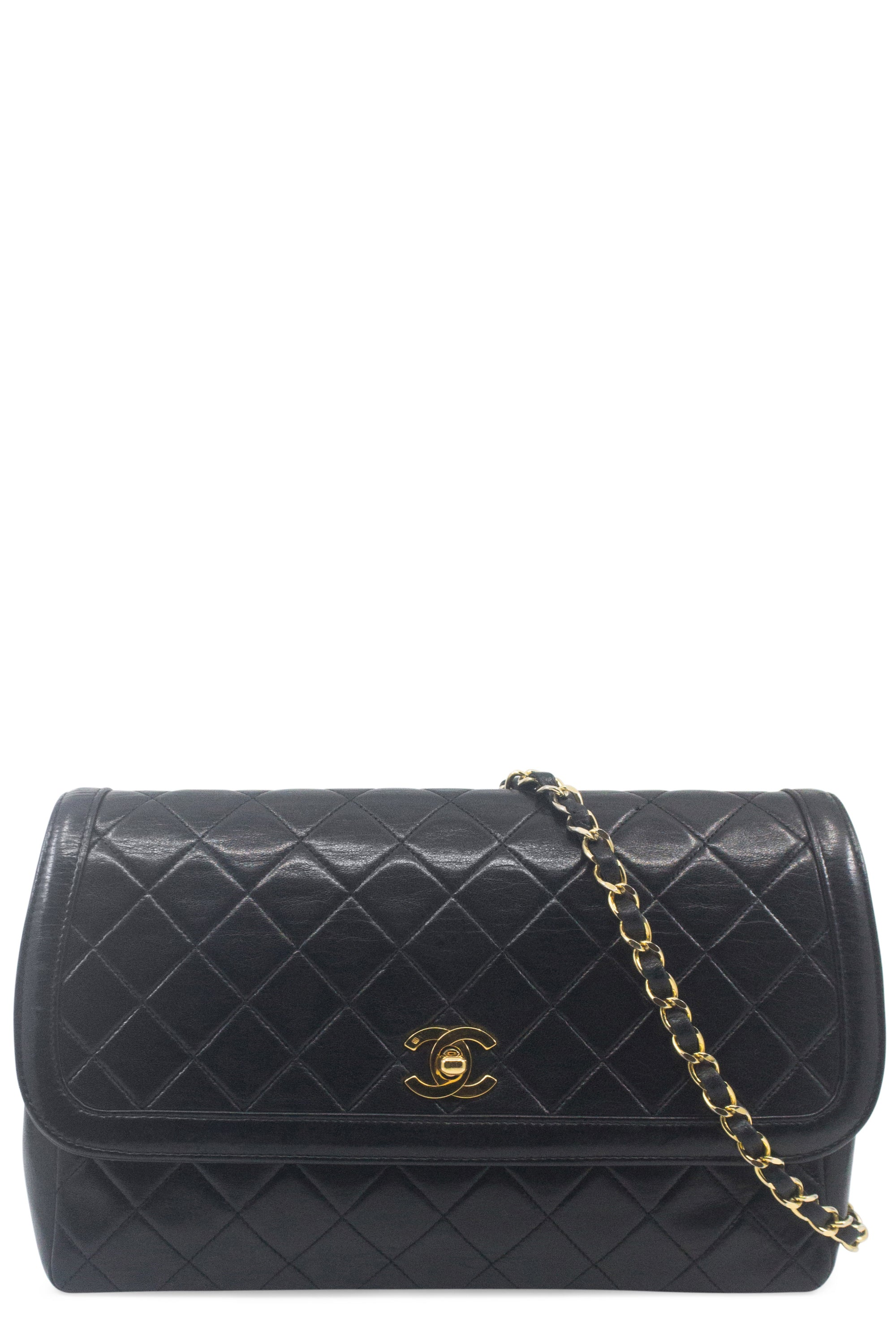 CHANEL Vintage Crossbody Flap Bag & Wallet Black Frontansicht