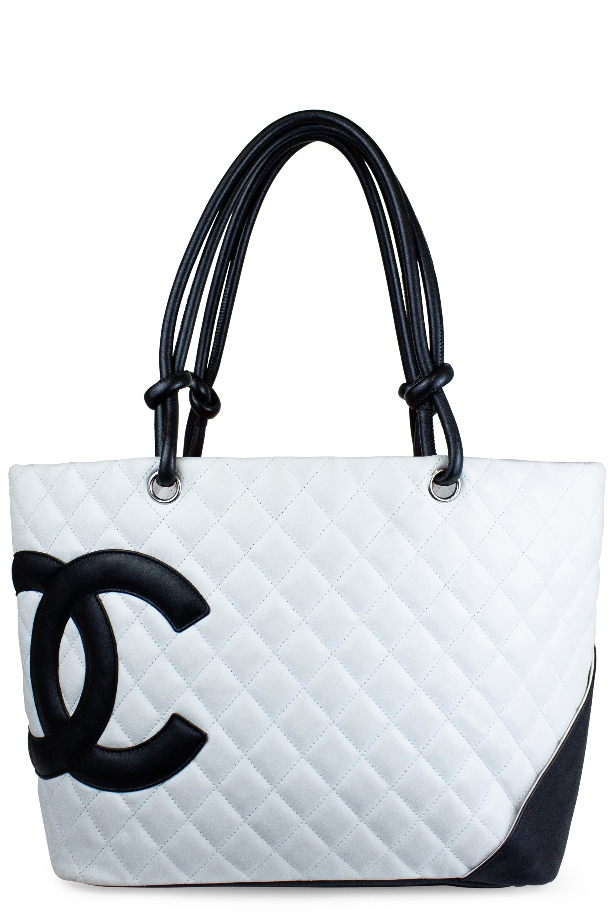 Summer Sale Treasure Nr. 1 - CHANEL Large Quilted Shopper